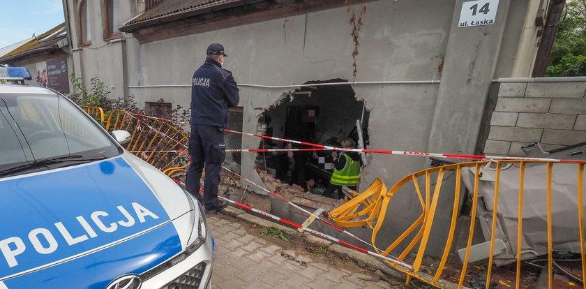 Kobieta torpeda rozwaliła nam dom!