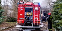 Pożar w Pabianicach. Ranni policjanci