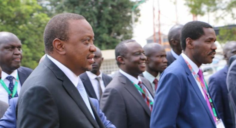 President Uhuru Kenyatta gives orders following DP William Ruto assassination claims