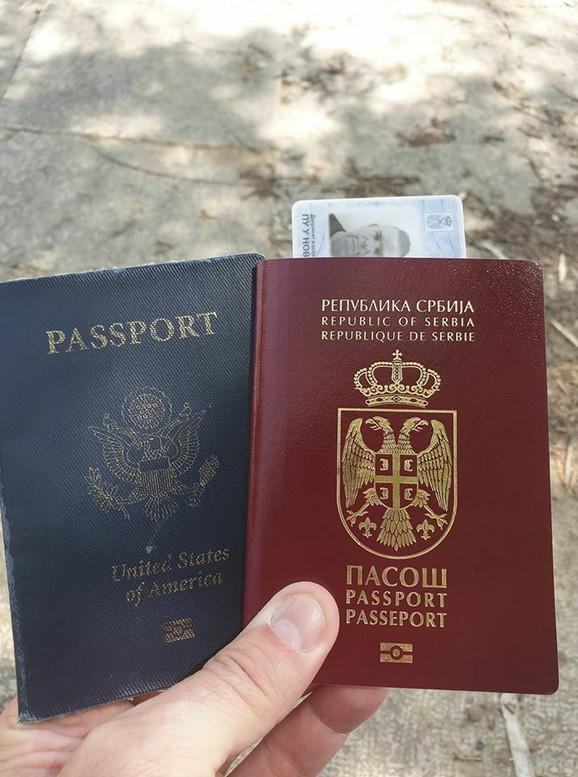 Dva pasoša, al
