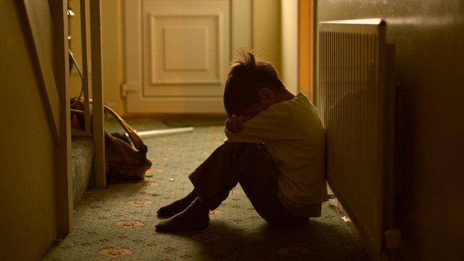 Raport NIK: Polska nie daje wsparcia rodzicom w sytuacji kryzysowej