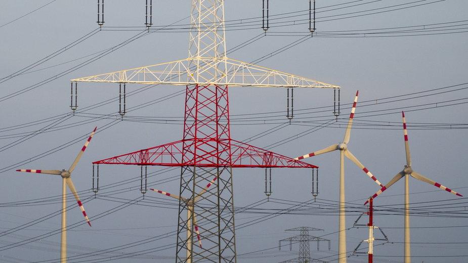 Elektrownia wiatrowa (zdjęcie ilustracyjne)