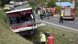 Autokar zderzył się z osobówką. Są ranni! Jedna osoba nie żyje!