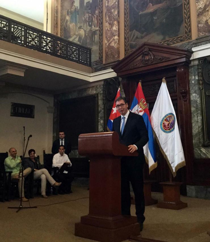 Predsednik Vucic na Univerzitetu Havana_preview