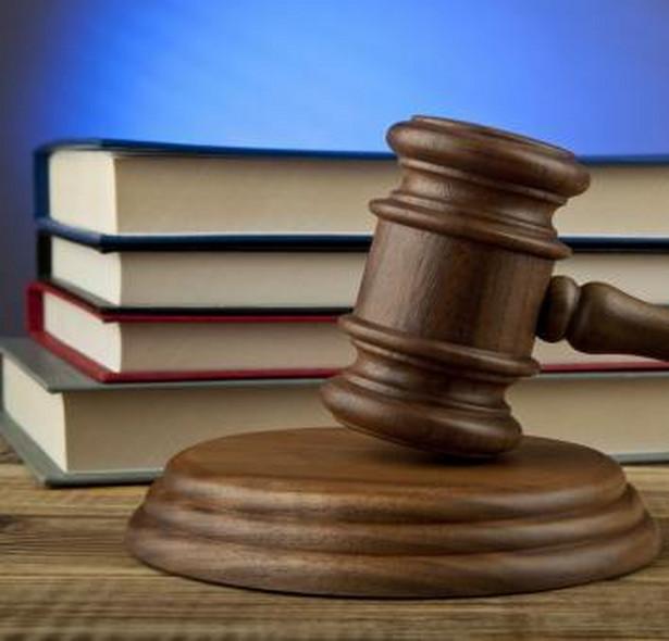 To politycy (władza wykonawcza i ustawodawcza) meblują nam wymiar sprawiedliwości, ale za skutki niewłaściwego umeblowania obarcza się sędziów, a nie polityków