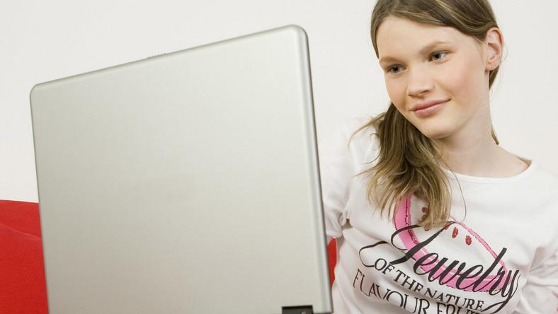Polski internet ma dziś osiemnastkę