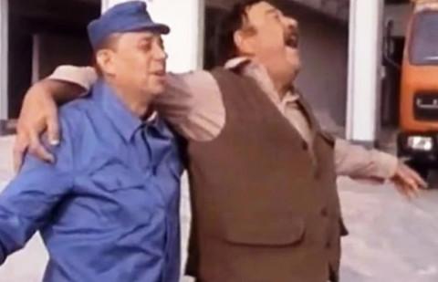 """Bili su najbolji drugovi u seriji """"Kamiondžije: Evo zašto se Čkalja i Pavle Vujisić privatno nisu podnosili"""