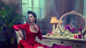 Piękna Eva Green gwiazdą kalendarza Campari