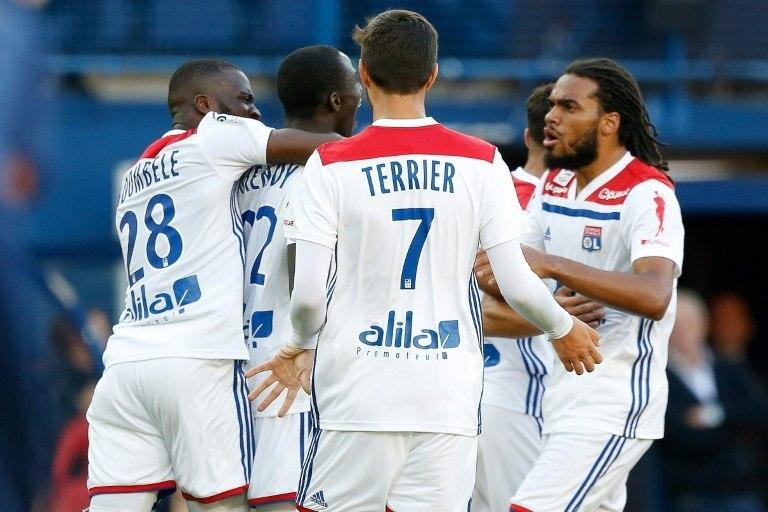 Lyon needed a late goal from Ferland Mendy to draw with Caen
