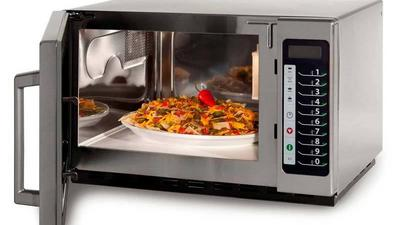 The dangers of microwaving food in plastic containers
