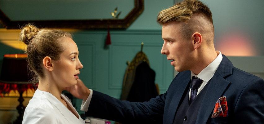 """""""Barwy szczęścia"""" odc. 2452. Patryk pomaga Oliwce w promocji salonu! Co na to Agata?"""