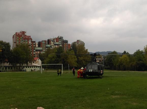 Helikopter odnosi povređene