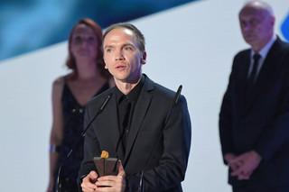 44. FPFF w Gdyni: Jan Komasa z nagrodą za reżyserię, Mateusz Pacewicz doceniony za scenariusz