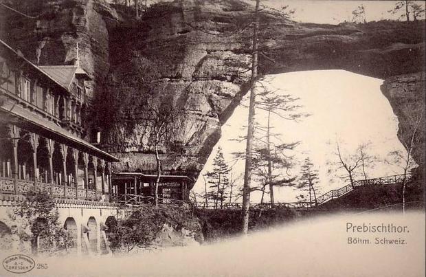 Sokole Gniazdo pod Pravčicką Bramą, widokówka z 1902 r.