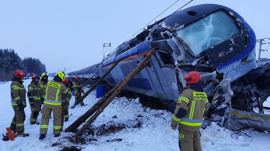 Lutowy wypadek na przejeździe kolejowym w Koszarówce
