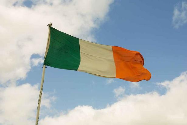 """Irlandzki związek zawodowy SIPTU zamierza interweniować na rzecz Polaków, którym irlandzcy pracodawcy zabraniają porozumiewać się po polsku - donosi w piątek dublińska popołudniówka """"The Herald""""."""