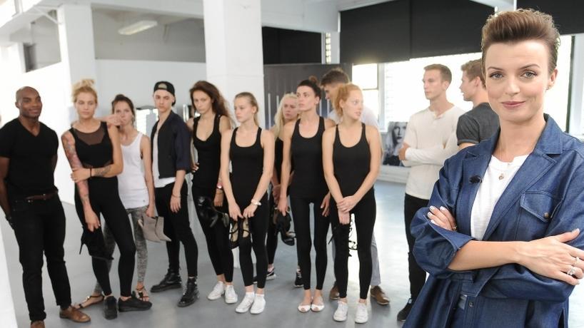 Karolina Gilon i reszta uczestników Top Model