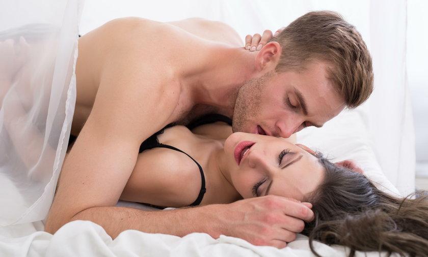 Mężczyźni aktywni fizycznie dłużej wytrzymują w łóżku