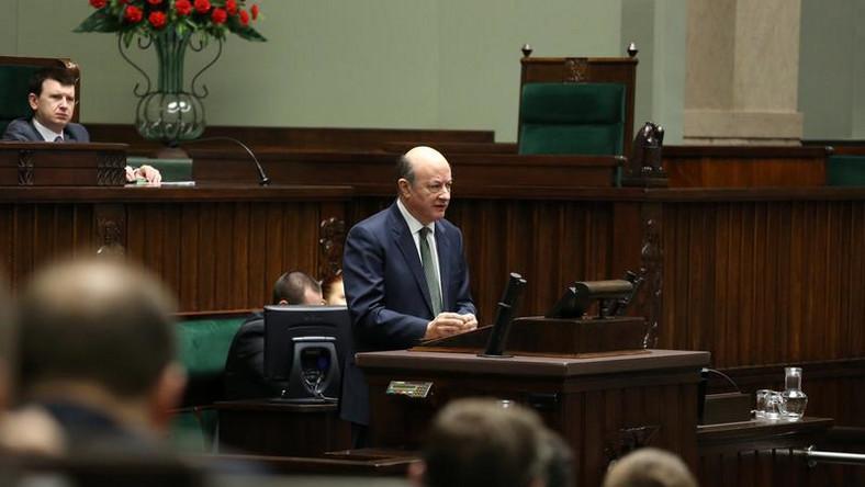 Pióro Kaczyńskiego, odlew konia czy lot balonem…Wszystkie prezenty posłów