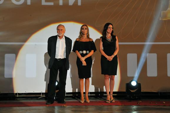 Žiri: Tanasije Uzunović, Kalina Kovačević i Sloboda Mićalović
