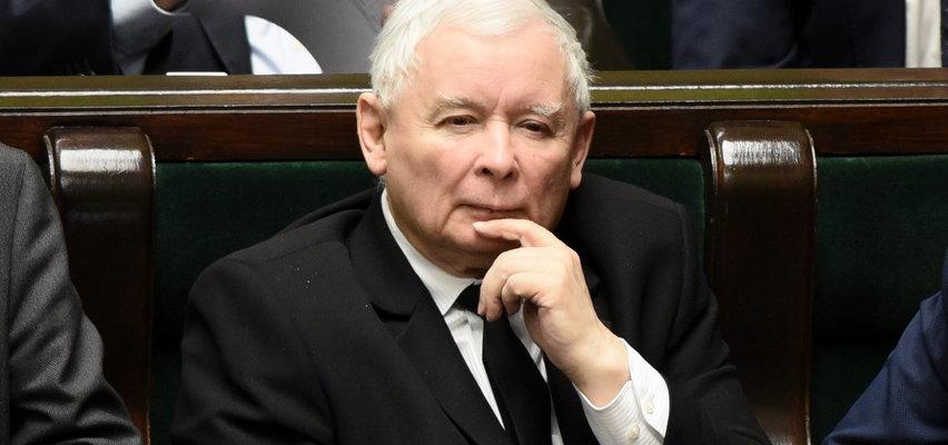 Poselscy emeryci dostaną po kieszeni. Kaczyński i Senyszyn stracą na Polskim Ładzie