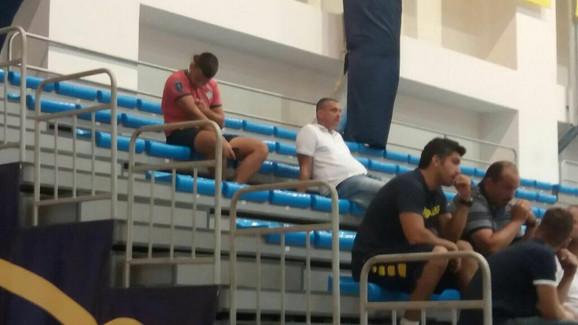 Dejan Radonjić gleda trening Fenerbahčea