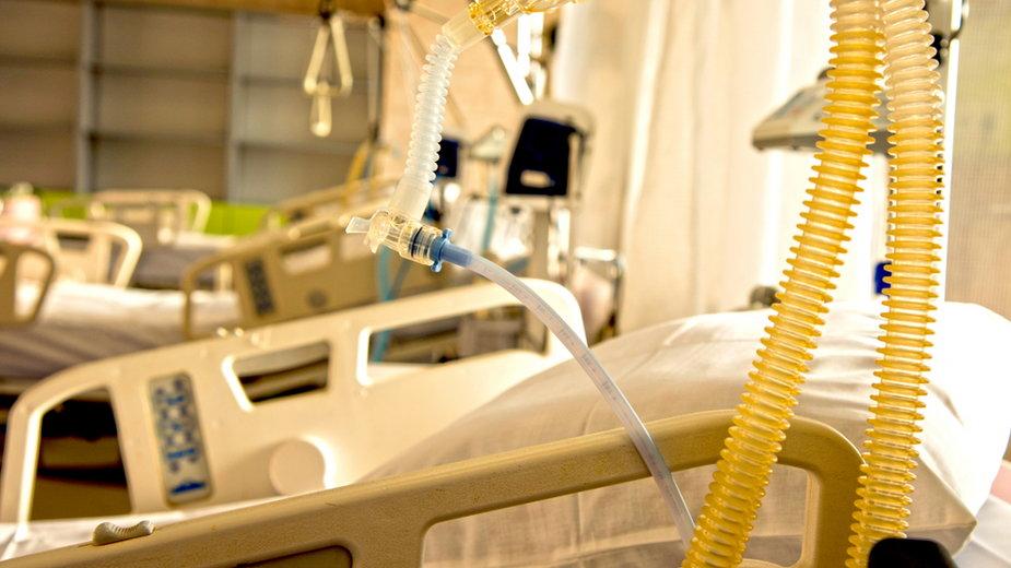 Są nowe zasady przydzielania sprzętu do walki z COVID-19 dla szpitali w Warszawie
