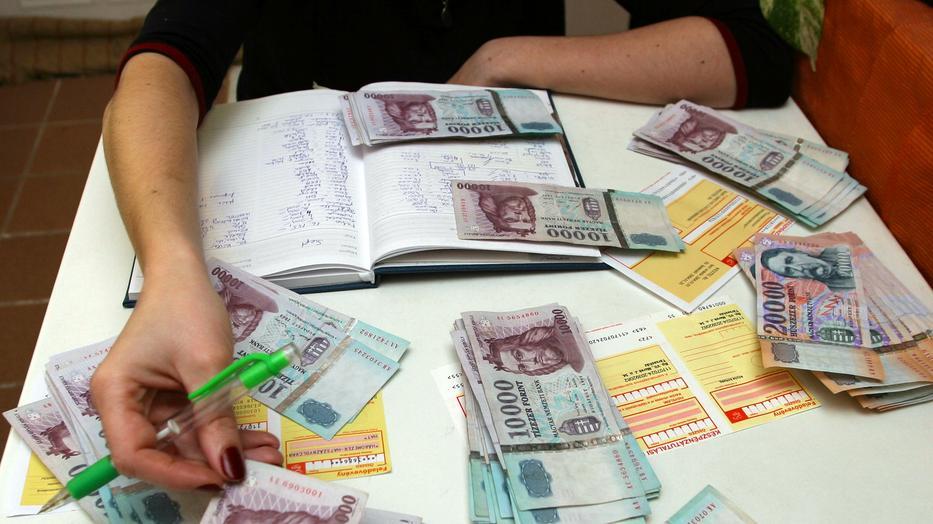 pénzt fektetni internetes projektekbe internetes kereseti ütemezés
