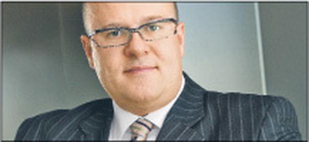 Patrick Radzimierski   radca prawny w kancelarii Salans
