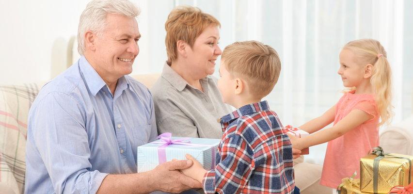 Wspólny prezent na Dzień Babci i Dziadka. Sprawdź, co możesz kupić online!