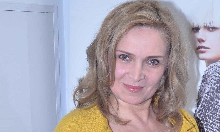 Sylwia Wysocka oskarża partnera o zepchnięcie ze schodów.