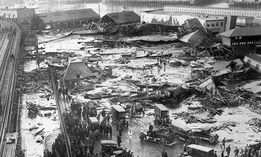 Gęsty syrop zalał miasto. 21 osób zginęło