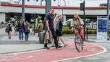 Apel pieszych: Chcemy pasów na ścieżce rowerowej!
