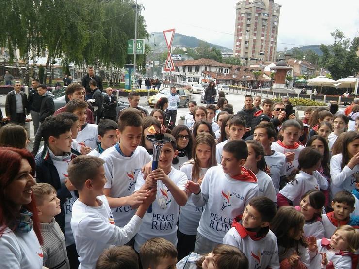 novi pazar ultramaratonci baklja mira trka mira