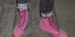 Która gwiazda założyła różowe trampki?