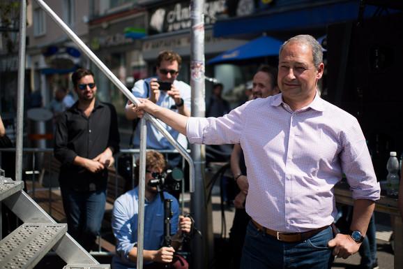 Šider: Rešavanje kosovskog problema da ostane kod EU