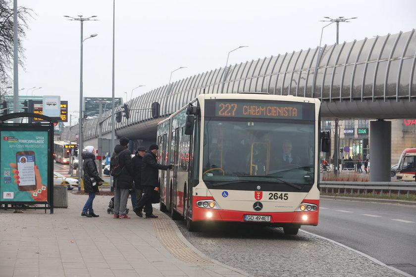 Autobus 227