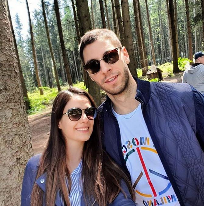 Stefan Jović sa suprugom