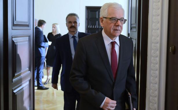 """""""Uważamy, że eskalowanie napięcia w stosunkach z Izraelem byłoby niewłaściwe. Chcemy rozwiązania tej kwestii, dlatego nasze podejście do współpracy z Izraelem jest pozytywne. Dowodzimy tego w naszej polityce zagranicznej"""" - oświadczył szef polskiej dyplomacji."""