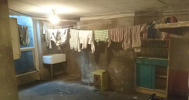 Užasni uslovi u kojima žsu živeli imigranti u Mančesteru