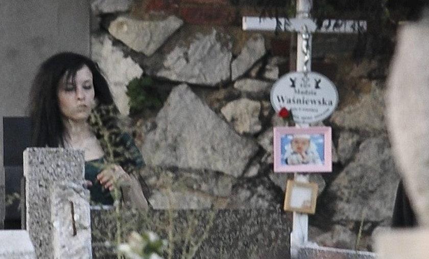 Katarzyna Waśniewska na cmentarzu