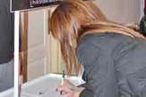Loznica01 pocelo potpisivanje peticije u loznici podrska fondaciji tijana juric foto s.pajic
