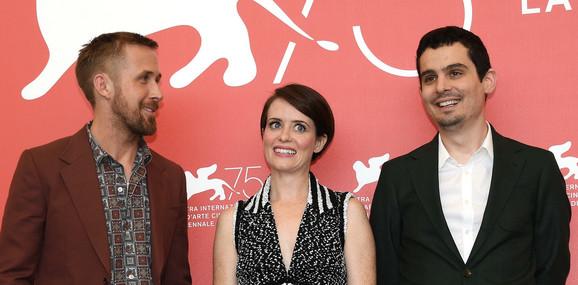 Rajan Gosling, Kler Foj (koja tumači Armstrongovu suprugu) i Dejmijen Šazel u Veneciji