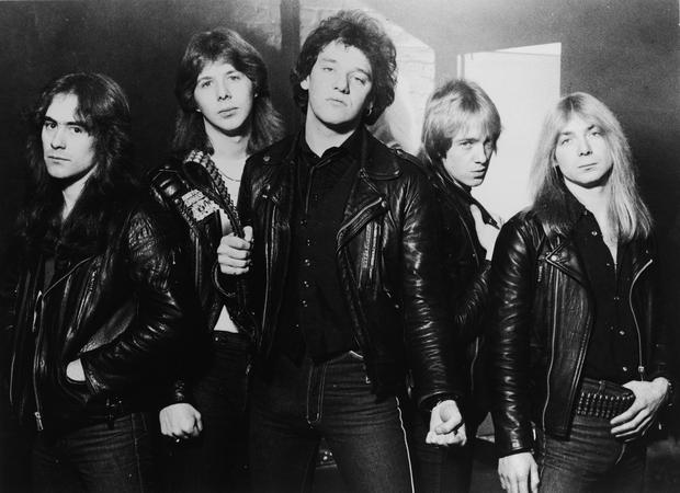 Iron Maiden w 1981 roku. Paul Di'Anno w środku