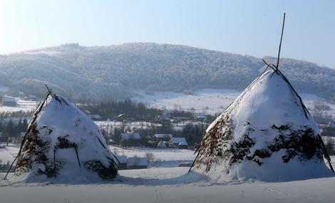 Zima okovala Pajiće