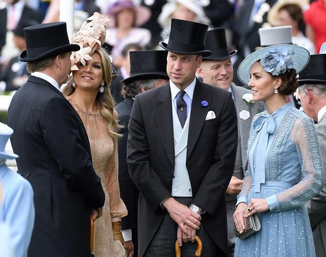Vojvotkinja i vojvoda od Kembridža na Rojal askotu u Britaniji