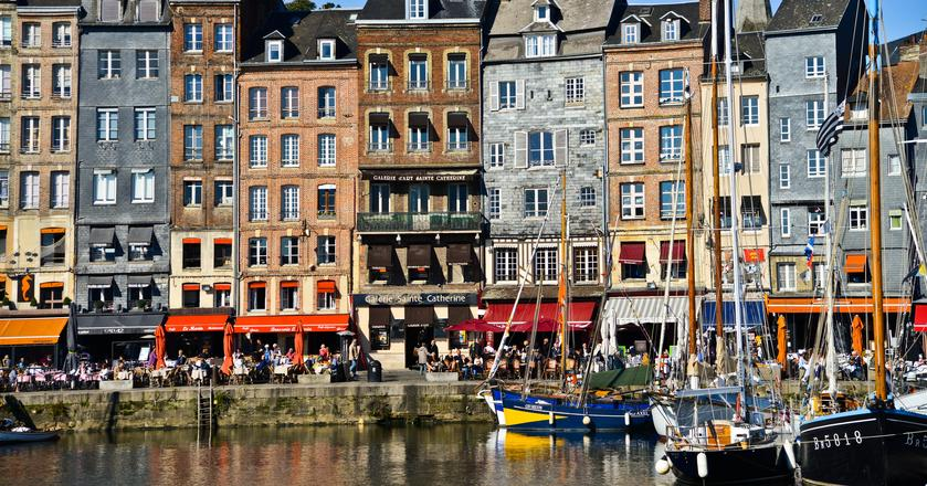 Wybrzeże Normandii i Bretanii - w tych rejonach Francji jest jeszcze wiele do odkrycia