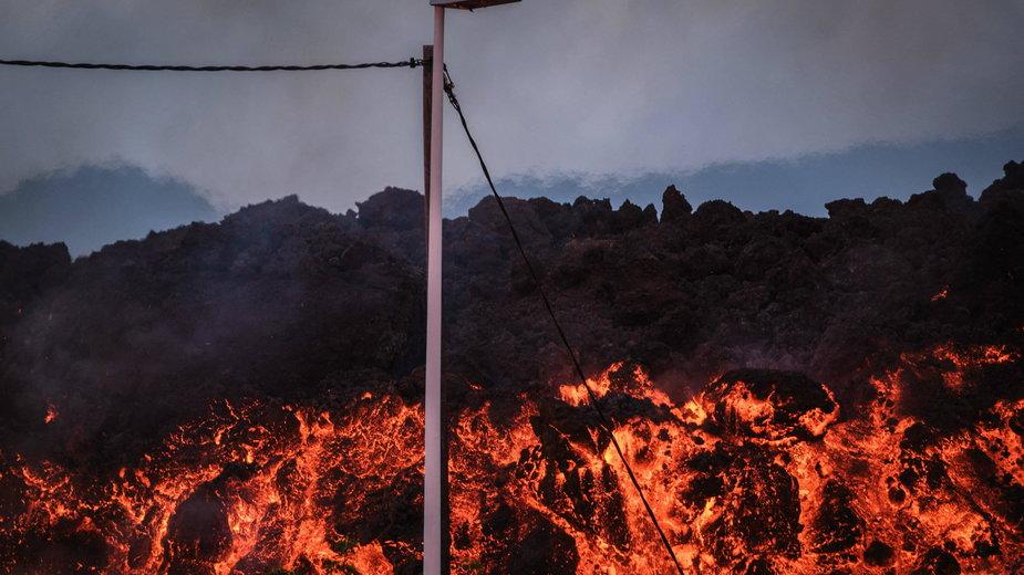 Erupcja wulkanu Cumbre Vieja na wyspie kanaryjskiej La Palma