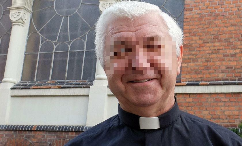 """Skandal w parafii, zażądali od wiernych """"zaległych"""" opłat. Prokuratura podjęła decyzję"""