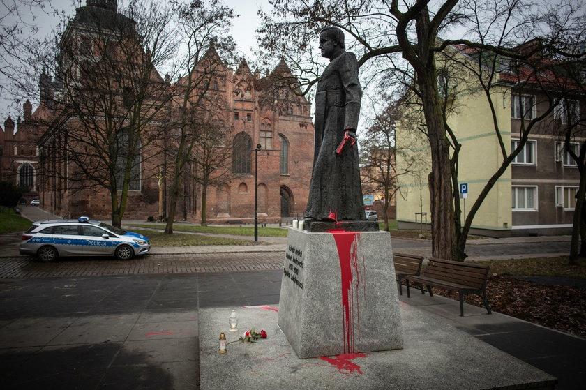"""Kolejne ofiary prałata Henryka Jankowskiego. Mężczyźni zgłosili się do fundacji """"Nie lękajcie się"""""""